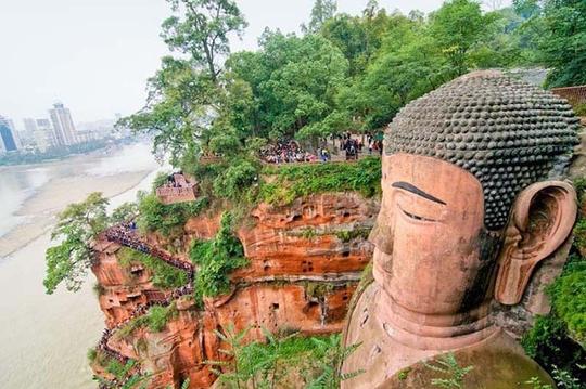 Choáng ngợp với 7 bức tượng lớn nhất thế giới - Ảnh 3.