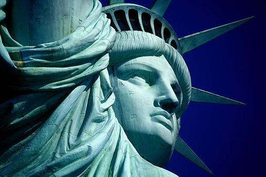 Choáng ngợp với 7 bức tượng lớn nhất thế giới - Ảnh 10.