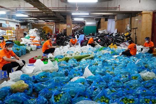 Thực phẩm miễn phí cùng cả nước chống dịch nhận 30 tấn nông sản từ Quỹ Đạo Phật ngày nay - Ảnh 2.
