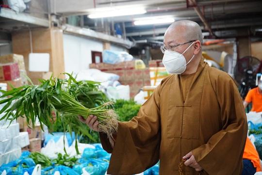 Thực phẩm miễn phí cùng cả nước chống dịch nhận 30 tấn nông sản từ Quỹ Đạo Phật ngày nay - Ảnh 3.