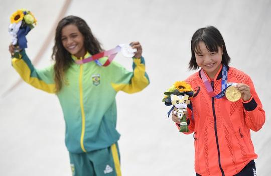Sốc: Sao 13 tuổi giành huy chương vàng Olympic Tokyo - Ảnh 12.