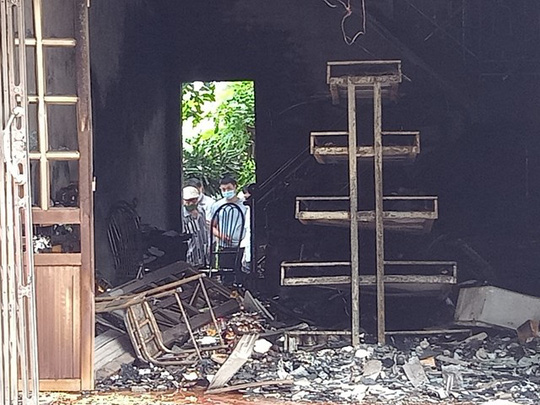 2 vợ chồng tử vong trong vụ cháy cửa hàng đồ điện có dấu hiệu tội phạm - Ảnh 2.
