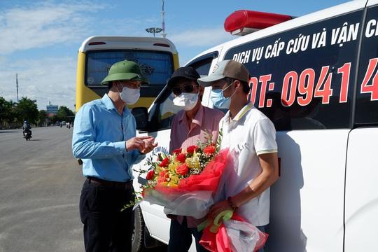 Quảng Bình chi viện 29 y bác sĩ vào TP HCM chống dịch - Ảnh 3.