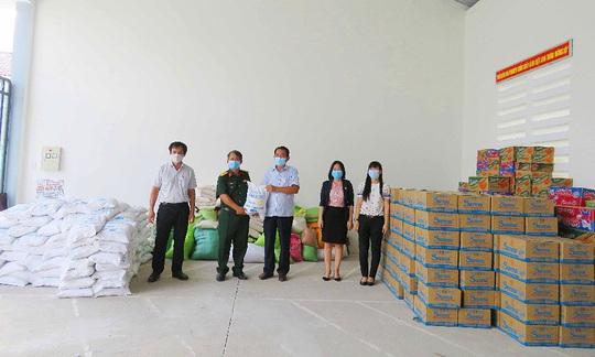 Yến sào Khánh Hòa hỗ trợ gần 2 tỉ đồng chung tay phòng, chống dịch Covid-19 - Ảnh 2.