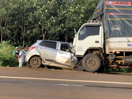 Tai nạn thảm khốc làm 3 người trong gia đình tử vong tại chỗ - Ảnh 3.