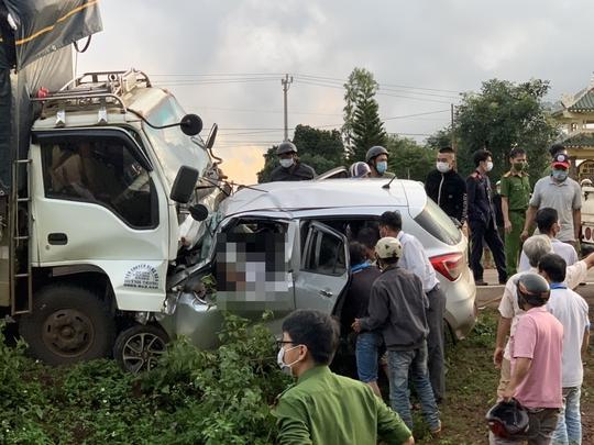 Kết quả điều tra ban đầu vụ tai nạn làm 3 người trong gia đình tử vong tại chỗ - Ảnh 2.