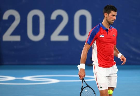 Djokovic lỡ cơ hội giành Golden Slam sau thất bại ở Olympic Tokyo 2020 - Ảnh 3.