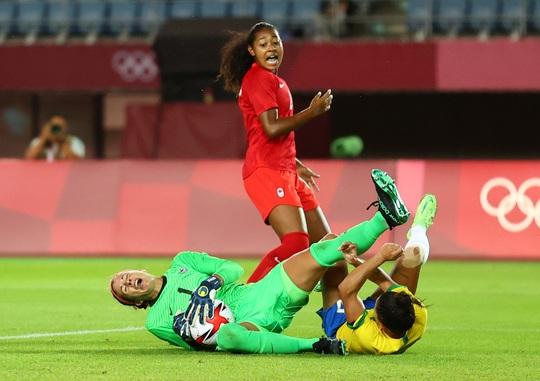 Thua luân lưu, tuyển nữ Brazil dừng bước ở tứ kết Olympic 2020 - Ảnh 1.