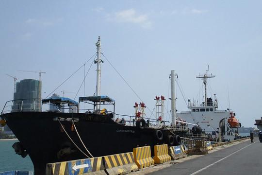 Mỹ nhọc nhằn xử vụ tàu chở dầu lén cho Triều Tiên - Ảnh 1.