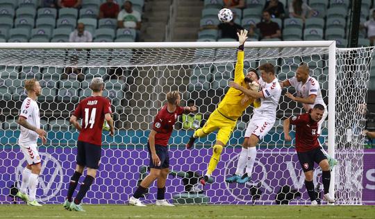 Đan Mạch xuất sắc vào bán kết Euro 2020 - Ảnh 9.