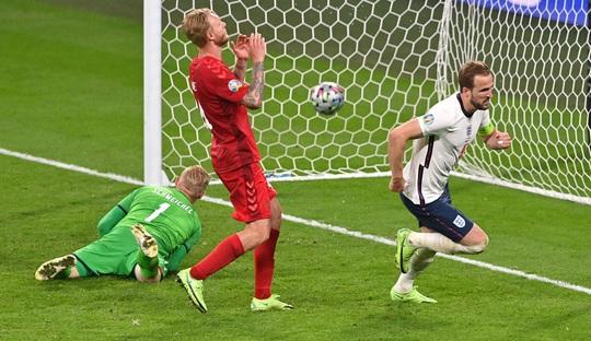 Được hưởng phạt đền, tuyển Anh vào chung kết Euro 2020 - Ảnh 5.