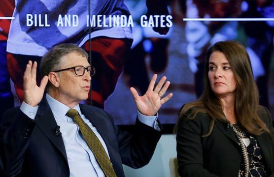 Tỉ phú Bill Gates có thể lật đổ bà Melinda khỏi quỹ từ thiện của họ - Ảnh 1.