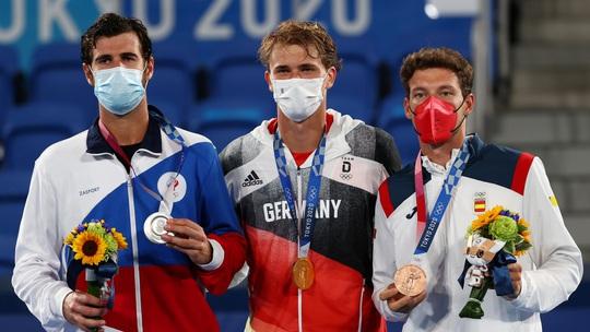 Alexander Zverev đi vào lịch sử khi vô địch Olympic 2020 - Ảnh 4.