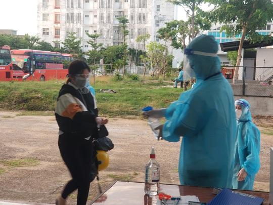 Không để lây lan dịch bệnh khi đưa công dân về Phú Yên - Ảnh 1.