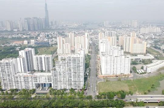 Giá nhà ở TP HCM ngày càng thách thức người có nhu cầu thực - Ảnh 1.