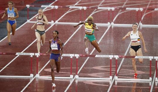 Olympic Tokyo ngày 2-8: Quách Thị Lan không phá kỷ lục cá nhân, dừng chân ở bán kết - Ảnh 2.