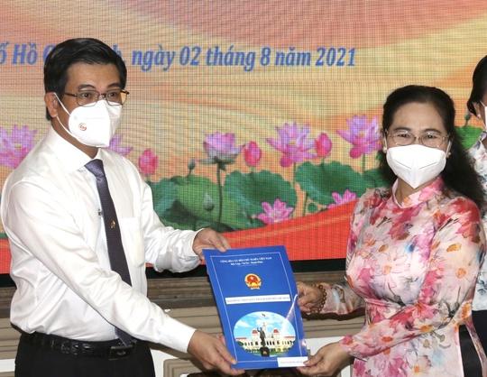 Bà Nguyễn Thị Lệ làm Bí thư Đảng đoàn HĐND TP HCM - Ảnh 1.