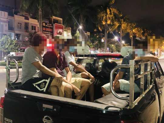 Đà Nẵng: 7 người bị đề xuất phạt 105 triệu đồng vì ăn nhậu trong giãn cách - Ảnh 1.