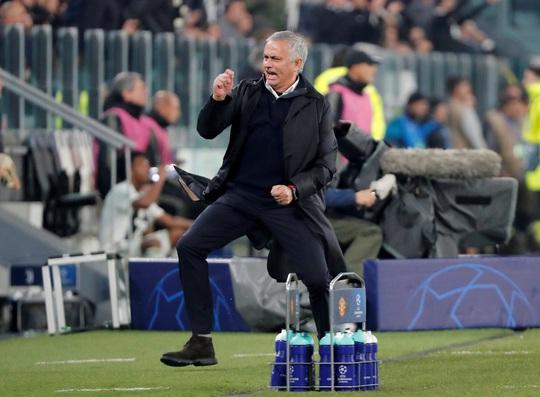 HLV Mourinho bị lên án bởi học trò cũ - Ảnh 2.