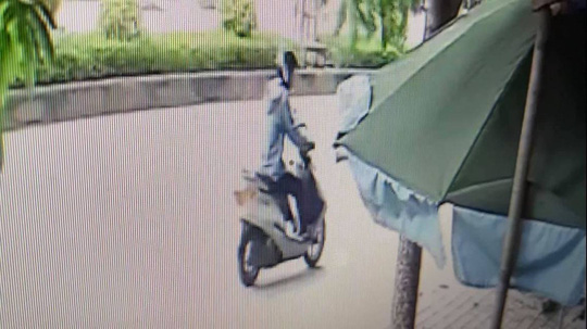 Vụ tài xế taxi bị cắt cổ tử vong: Nghi phạm là chủ tiệm sửa xe máy - Ảnh 3.