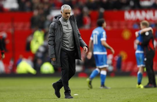 HLV Mourinho bị lên án bởi học trò cũ - Ảnh 6.