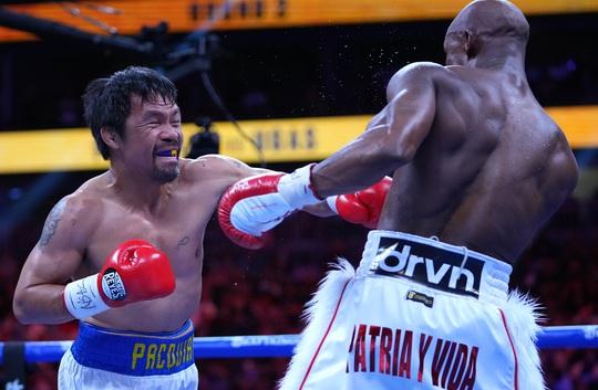 Manny Pacquiao thất bại trong trận tranh đai vô địch WBA hạng bán trung - Ảnh 6.