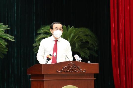 Ông Nguyễn Thành Phong: Tôi rất áy náy khi phải rời TP HCM lúc này - Ảnh 1.