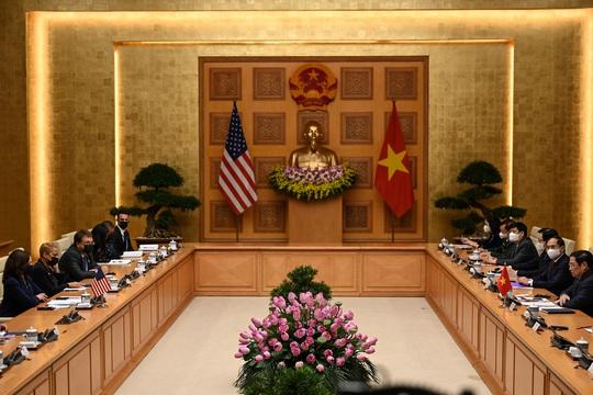 Mỹ hỗ trợ Việt Nam thêm 1 triệu liều vắc-xin Pfizer - Ảnh 7.