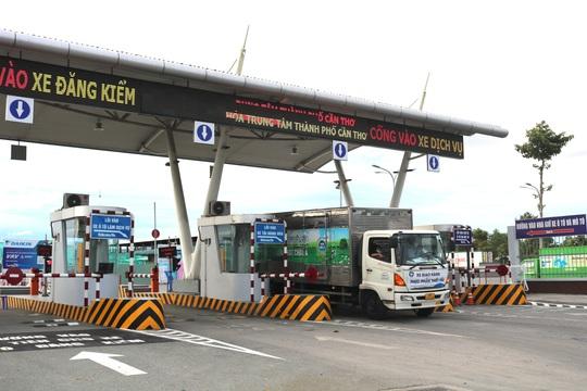 Cần Thơ kiến nghị Thủ tướng giữ nguyên biện pháp chống dịch trong vận chuyển hàng hoá - Ảnh 2.