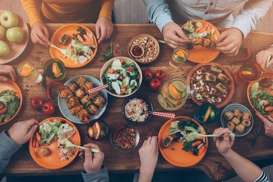 Dinh dưỡng tăng cường sức đề kháng - Ảnh 1.