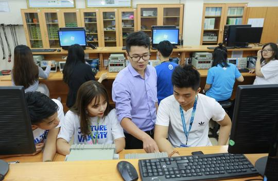 Điểm chuẩn xét tuyển kết hợp của Trường ĐH Quốc tế cao nhất 27 - Ảnh 1.