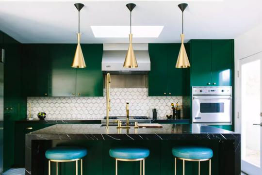 Vì sao bếp màu xanh lá thành mốt - Ảnh 2.