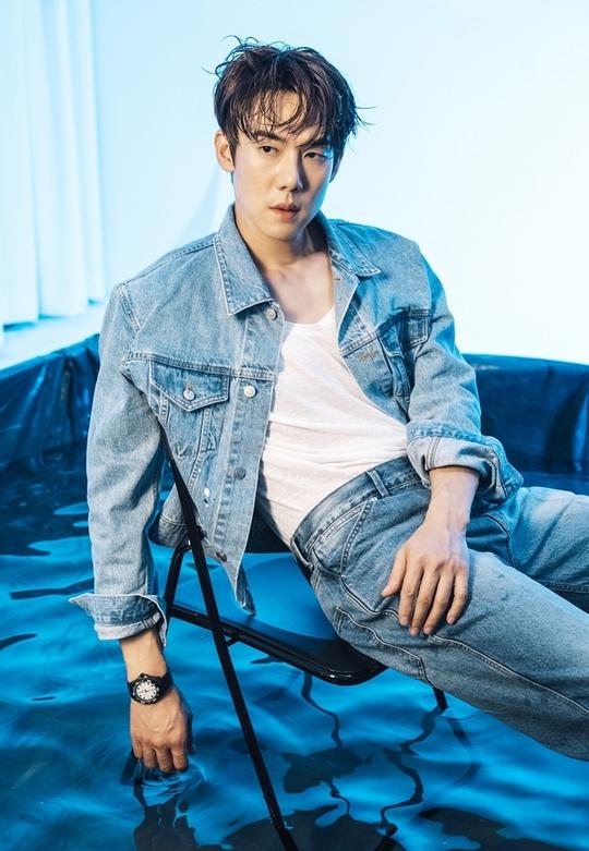 Yoo Yeon Seok - nghệ sĩ đa tài của showbiz Hàn - Ảnh 3.
