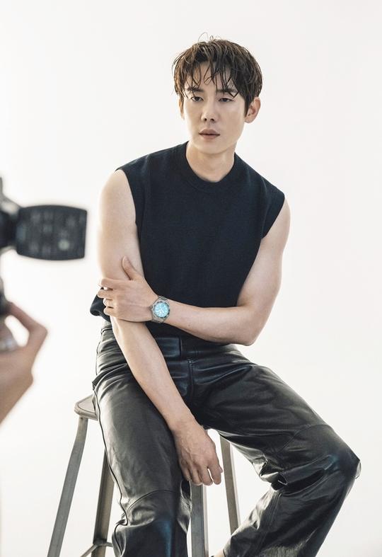 Yoo Yeon Seok - nghệ sĩ đa tài của showbiz Hàn - Ảnh 4.