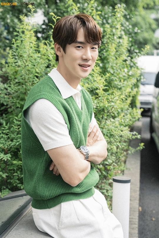 Yoo Yeon Seok - nghệ sĩ đa tài của showbiz Hàn - Ảnh 6.