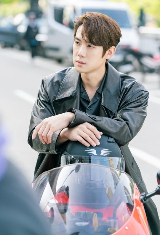 Yoo Yeon Seok - nghệ sĩ đa tài của showbiz Hàn - Ảnh 7.