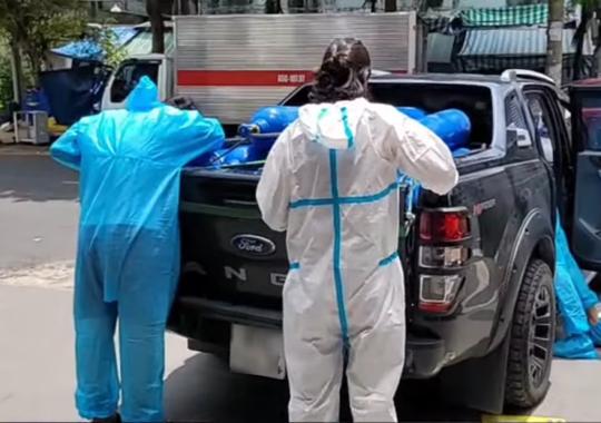 Việt Hương bức xúc về tin đồn đòi tiền khi giao bình oxy - Ảnh 5.