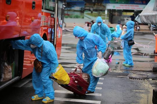 Danh sách 747 người dân từ TP HCM về quê Phú Yên vào ngày 31-8 - Ảnh 2.
