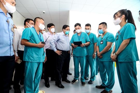 Techcombank hỗ trợ 100 tỉ đồng xây dựng bệnh viện điều trị người bệnh Covid-19 tại Hà Nội - Ảnh 1.