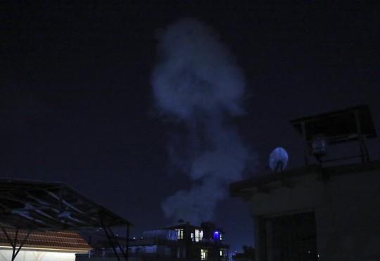 Mỹ rời đi, thủ đô Afghanistan đối mặt nguy cơ thất thủ - Ảnh 1.