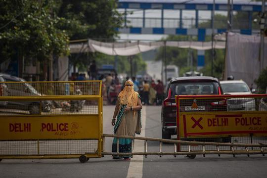 Ấn Độ: Bé gái 9 tuổi bị cưỡng hiếp tập thể và thiêu xác - Ảnh 3.