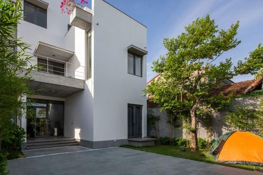 Cải tạo nhà cũ một tầng thành 3 tầng thông thoáng và tiện nghi - Ảnh 3.
