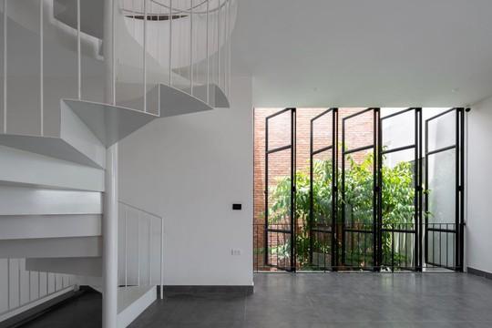 Cải tạo nhà cũ một tầng thành 3 tầng thông thoáng và tiện nghi - Ảnh 7.