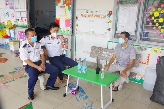 Thăm, kiểm tra công tác kiểm soát, phòng chống dịch bệnh Covid-19 của Cảnh sát biển - Ảnh 6.
