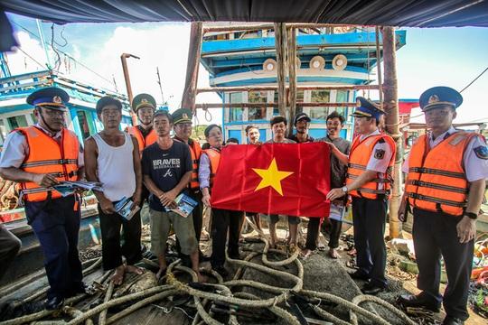 Thi trực tuyến toàn quốc tìm hiểu Luật Cảnh sát biển Việt Nam - Ảnh 1.