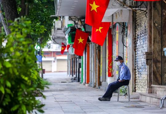 Hà Nội thực hiện nghiêm giãn cách xã hội trong ngày Quốc khánh 2-9 - Ảnh 14.