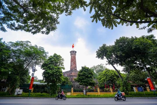 Hà Nội thực hiện nghiêm giãn cách xã hội trong ngày Quốc khánh 2-9 - Ảnh 5.