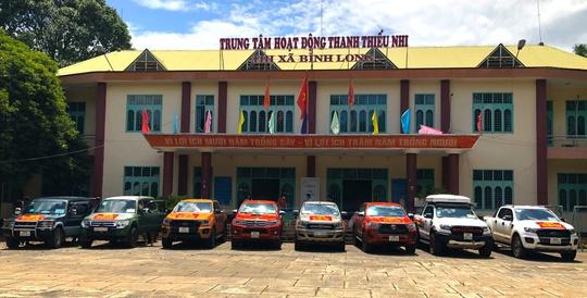 """Người Bình Phước đồng lòng """"trợ sức"""" 300 sinh viên ĐH Sư phạm TP HCM - Ảnh 2."""