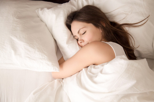 Ngủ ít, ăn nhanh đừng mơ... giảm mỡ bụng - Ảnh 1.