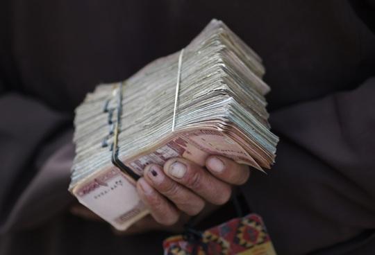 2.100 tỉ USD của Mỹ đã đè nát Afghanistan như thế nào? - Ảnh 2.